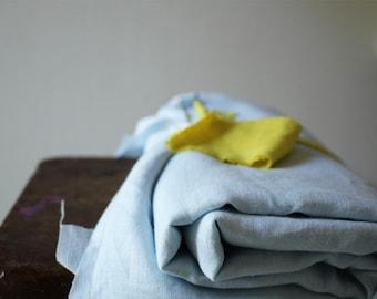 LINEN FABRIC - pale blue / light weight linen