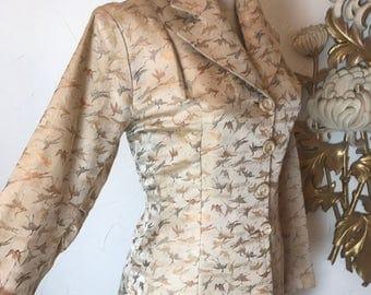 Fall sale 1940s jacket champagne jacket 40s jacket Asian jacket size medium large Vintage jacket fitted jacket crane print 38 bust