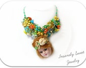 Vintage Doll Head Beaded Floral Necklace- Green
