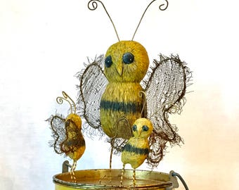 Honey Bee High Drama - OOAK - USA