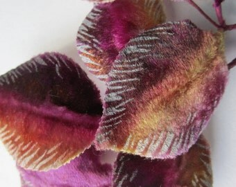 18 Ombre Velvet Vintage 1950s Leaves Millinery Hat Trims Wired Hand Painted Label
