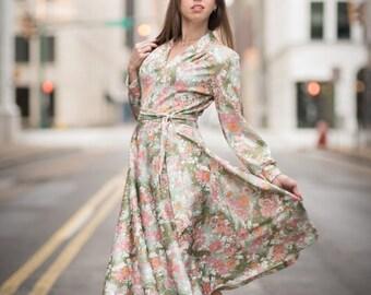 ON SALE Vintage Pink And Green Floral Belted Dress (Size Medium)