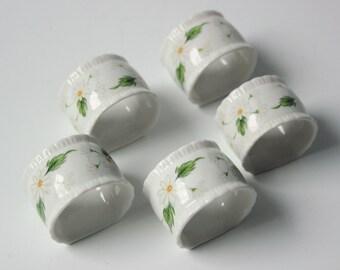 Vintage floral white daisies porcelain napkin rings - set of 5 of tableware napkin