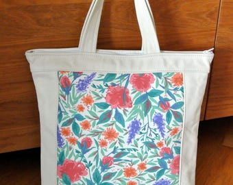 Lovely unique one-of-a-kind summer tote bag handbag of printed multicolor flower pattern linen/creame white leather