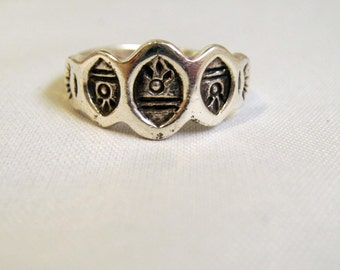 Native American Southwestern Style Sterling Silver Stamped Symbols Band Ring - Size 5 3/4    1007
