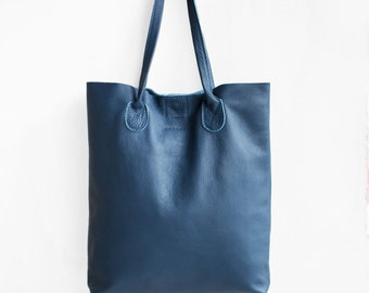 The Essential Tote in Steel Blue  / Leather Tote Bag  / Blue Tote Bag / Leather Handbag / Blue Leather Tote / Leather Handbag / Blue Bag