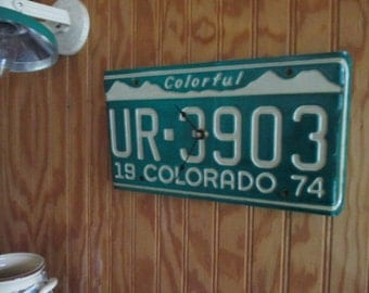 Vintage Colorado License Plate Clock - Recycled and Repurposed Wall Clock - FREE SHIPPING