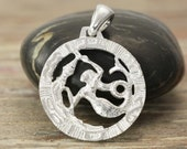 Aquarius zodiac pendant in oxidized silver