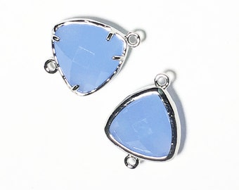 4 pcs of  faceted triangle glass with brass setting 20x15mm Blue color , glass connector 1/1 loop platinum color brass setting