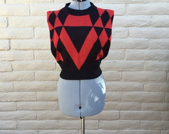 Vintage 80s Black Red Harlequin Diamond Sleeveless Sweater Sz S