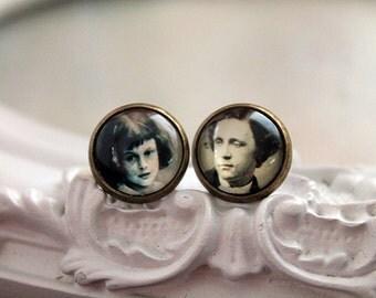 Alice in Wonderland Lewis Carroll  stud earrings Victorian sweet lolita feminine