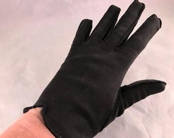 One (1) Pair of Vintage Black Cotton Ladies' Gloves