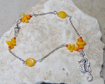 Seahorse Silver Charm Ankle Bracelet, Beaded Silver Chain Anklet, Coral Bead Anklet, Orange Anklet, Body Jewelry, Beach Jewelry, Seahorse