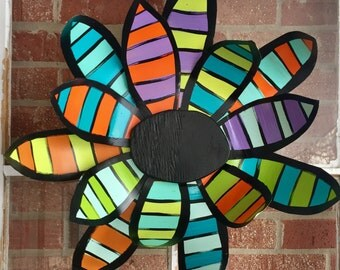 Metal Flower Door Hanger, Spring Door Decor, Summer Door Decor, Flower Wall Decor, easter door hanger, unique Mother's Day gift
