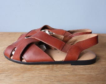 vintage strappy sandals 7.5 / womens brown leather flats sandals / woven leather sandals