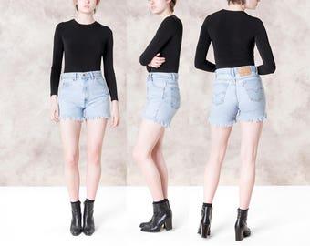 LEVIS levi DENIM shorts JEAN short 90s vintage Distressed frayed 505 jeans vintage women / Size 6 7 / waist 30 / better Stay together