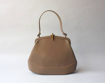 1950s Bag / Vintage 50s Taupe Leather Handbag / 1940s Leather Purse