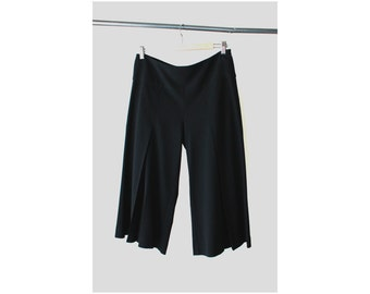 SALE - 1990s Pleated Front Bell Bottom Capris Pants