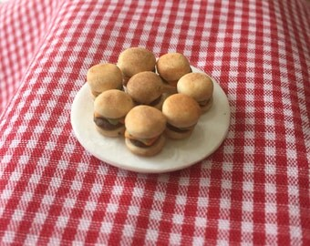 Miniature Plate of Sliders,snack food,Super Bowl party,tailgate party