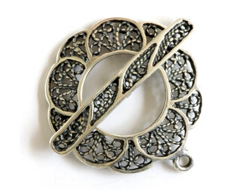 Filigree Silver Plated Toggle Clasp 43519 (1) Silver Jewelry Clasp, Round Filigree Toggle Clasp, Necklace Toggle Clasp Bracelet Toggle Clasp