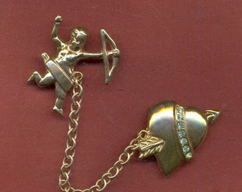 AMAZING Vintage HEART and CUPID 1940s PiN