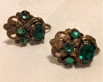 Vintage Green Screwback Czechoslovakian Earrings  with Green Stones and Textured Metal Setting Easily Convert Them to Fish Hook Pierced  D13