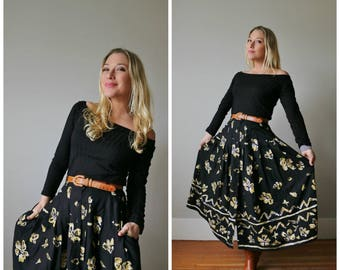 1990s Floral Button Front Skirt >>> Size Small