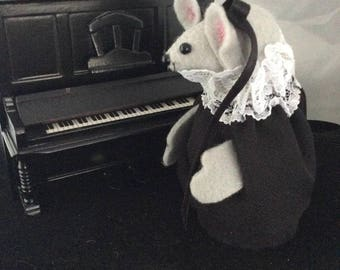 Mouse with her Upright Piano. NEW LOWER PRICE
