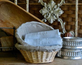 Lovely Vintage French Bread Basket's.......Dough Proofing
