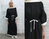 vintage black and white minimalist caftan maxi dress / beach resort coverup
