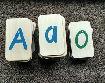 """Sandpaper Letters Italic font 4, Uppercase, Lowercase and Numbers 0-10 mounted on 3""""x5""""Birch - Montessori"""