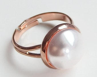 Rose gold pearl ring - rose gold ring - rose gold jewelry - light pink pearl ring - light pink