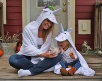 ADULT Unicorn hooded towel