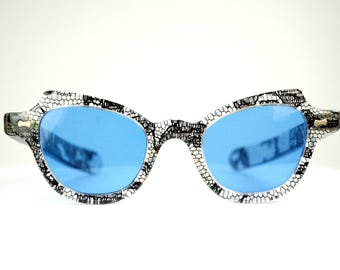 Vintage 1950s Blue Lenses JackieO Style Cat Eye Lucite Sunglasses