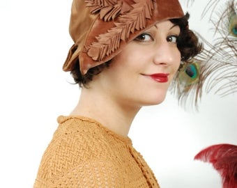 SALE - Vintage 1920s Hat - Exceptional Satin and Velvet Pirate-esque Cloche with Upturned Brim and Pleated Satin