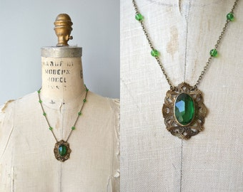 Finca Magia necklace | vintage 1930s necklace | 30s glass deco necklace