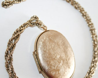 Large Gold Tone Textured Locket