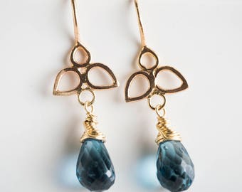 Daffodil Floral Earrings w/ London Blue Topaz in 14k Gold