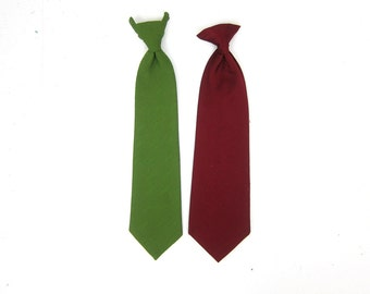 Vintage Clip On Ties Retro Maroon Red & Green Dress Up Costume Ties Accessory Pair of 2