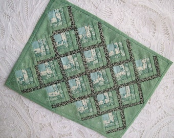 """Hand Pieced Miniature Quilt 9 1/2"""" x 7 1/4"""" One Inch Scale"""