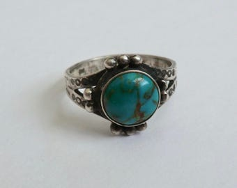 Vintage Sterling Turquoise Ring Southwest Stamped Designs Size 6.5