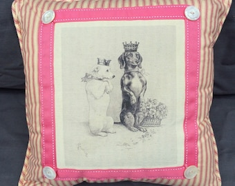 Dachshund in Crown Pillow| French Country Decor | Farmhouse Decor | Linen Print on Pillow | Dog with Crown with Bow