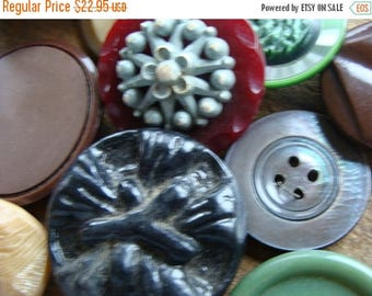 ONSALE 16 Antique and Vintage Large Buttons Mixed Vintage Buttons Lot 403
