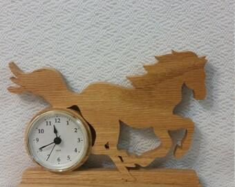 Large Mustang horse clock