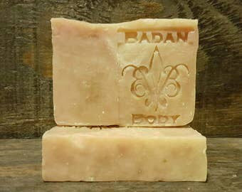 Organic Clove Shea Butter Soap, Moisturizing Dry Skin Soap, Masculine Soap