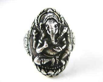 Size 8 Vintage Ganesha Elephant Hindu Sterling Silver Ring