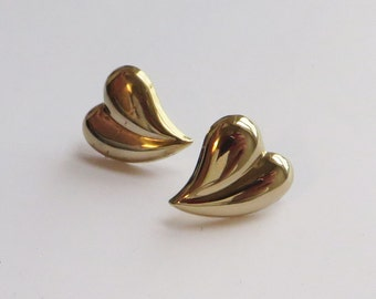 14K Y Gold 15mm high Heart Earrings, nice glossy vintage studs, not tiny at all, free US first class shipping