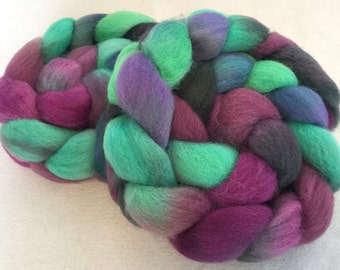 Hand dyed spinning wool, Finnish fibre fiber, hand painted, spinning fibre, fibre, fiber, felting wool, 100g, colour; View from the Hill