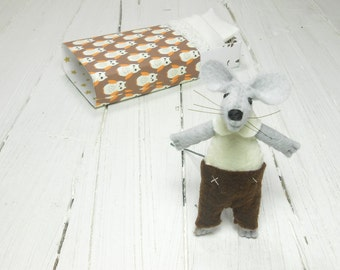 Travel buddies felt toys mouse in matchbox mouse chocolate stuffed mouse doll plush little woodland critter forest friend felt animals