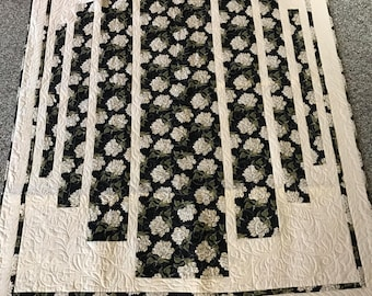"""Hydranga couch quilt 69"""" x 53"""""""